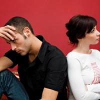 EL MATRIMONIO NO PUEDE SOBREVIVIR SIENDO TERCO